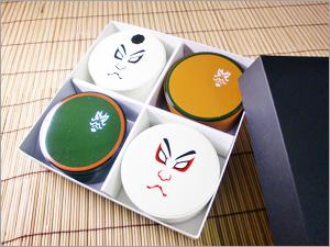 歌舞伎4個入り容器